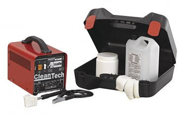 Cleaning kit for welding needles