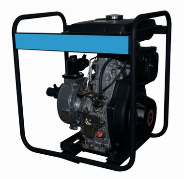 Pump with diesel motor for clear water