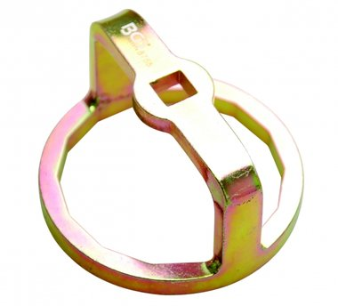 Oil Filter Wrench, especially for Mercedes, Dodge and Jeep